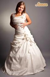 пышным невестам прокат и пошив свадебных платьев  большого размера