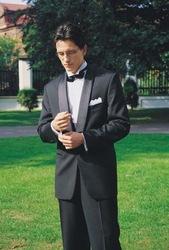 костюмы смокинги фраки джентльмену