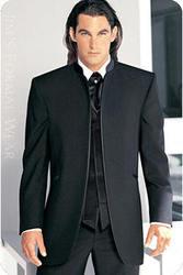 мужские стильные костюмы, вечерние платья-наряды выпукного вечера, бала
